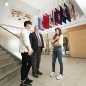 苫小牧駒澤大学