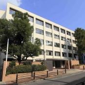 大阪夕陽丘学園短期大学