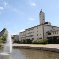 作陽短期大学